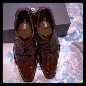 Leather men's brown Stacey Adams men shoes.